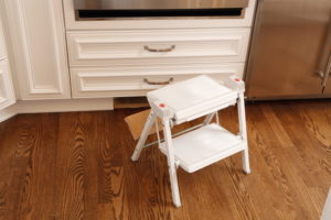 Pull-out step stool