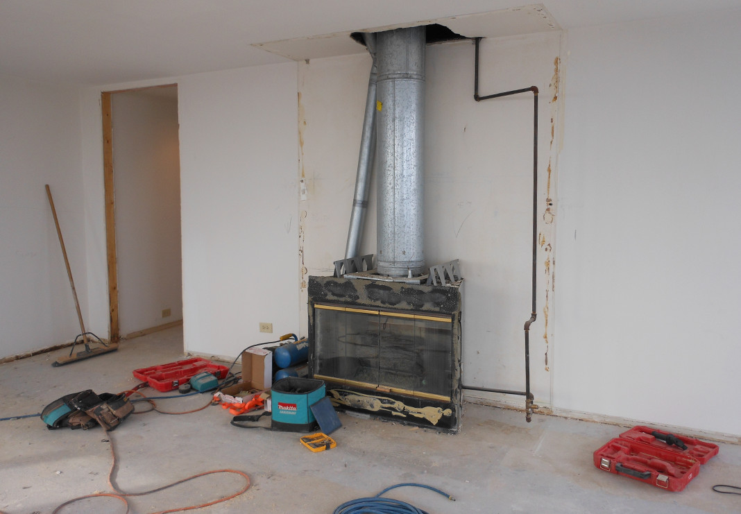 Removal of old gas fireplace no longer permitted in building