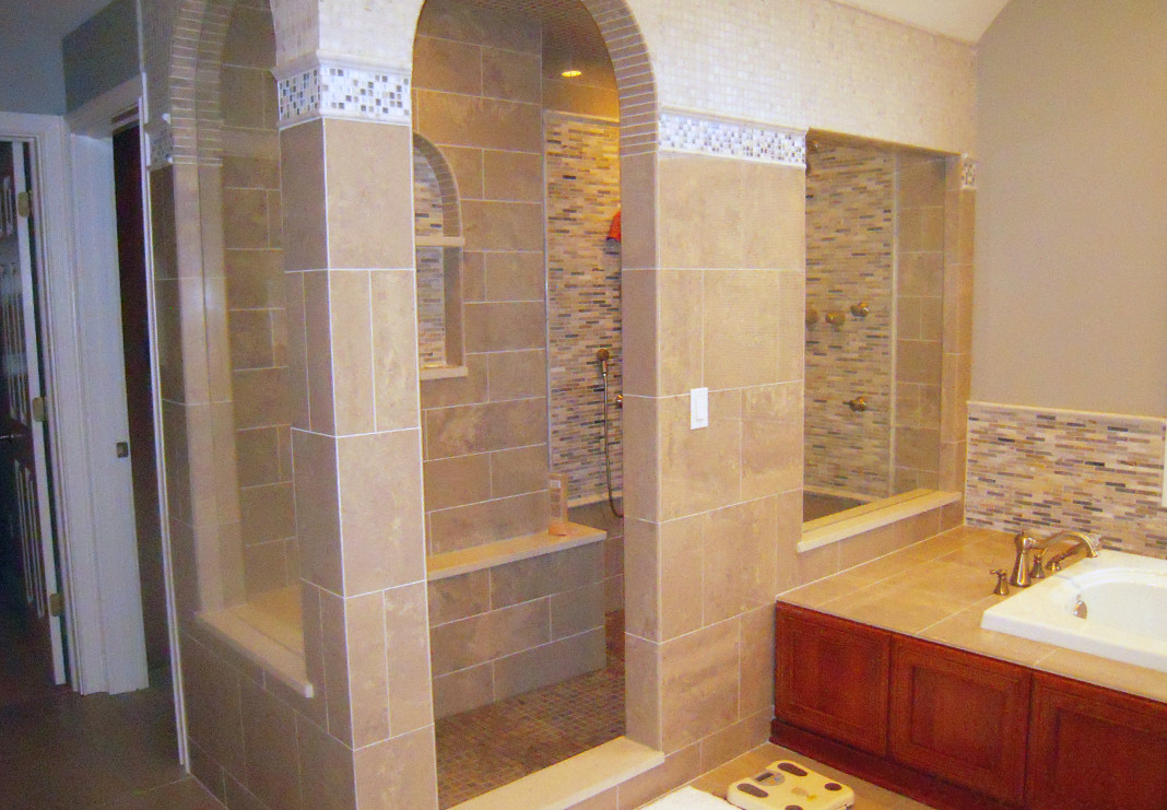 Tiled Shower Room and Soaking Tub