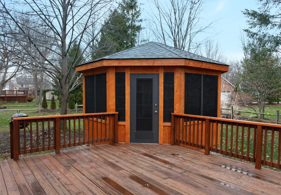 Outdoor Enclosed Gazebo