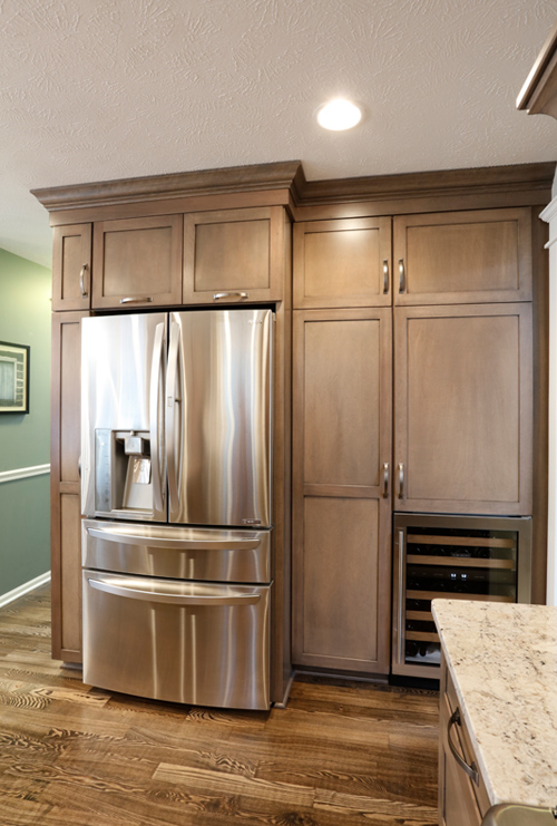 Refrigerator with Plenty of Storage Surround