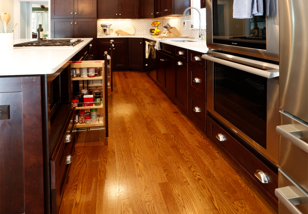 Pull-Out Cabinets and Spice Rack