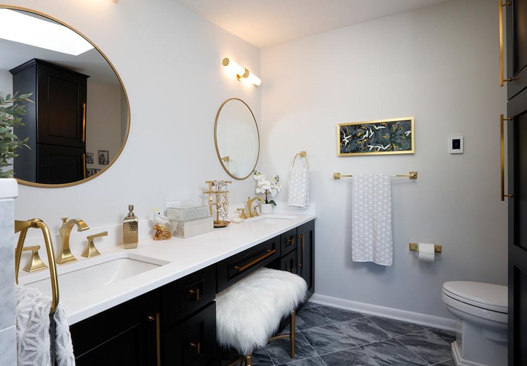 Fabulous Chic Bathroom